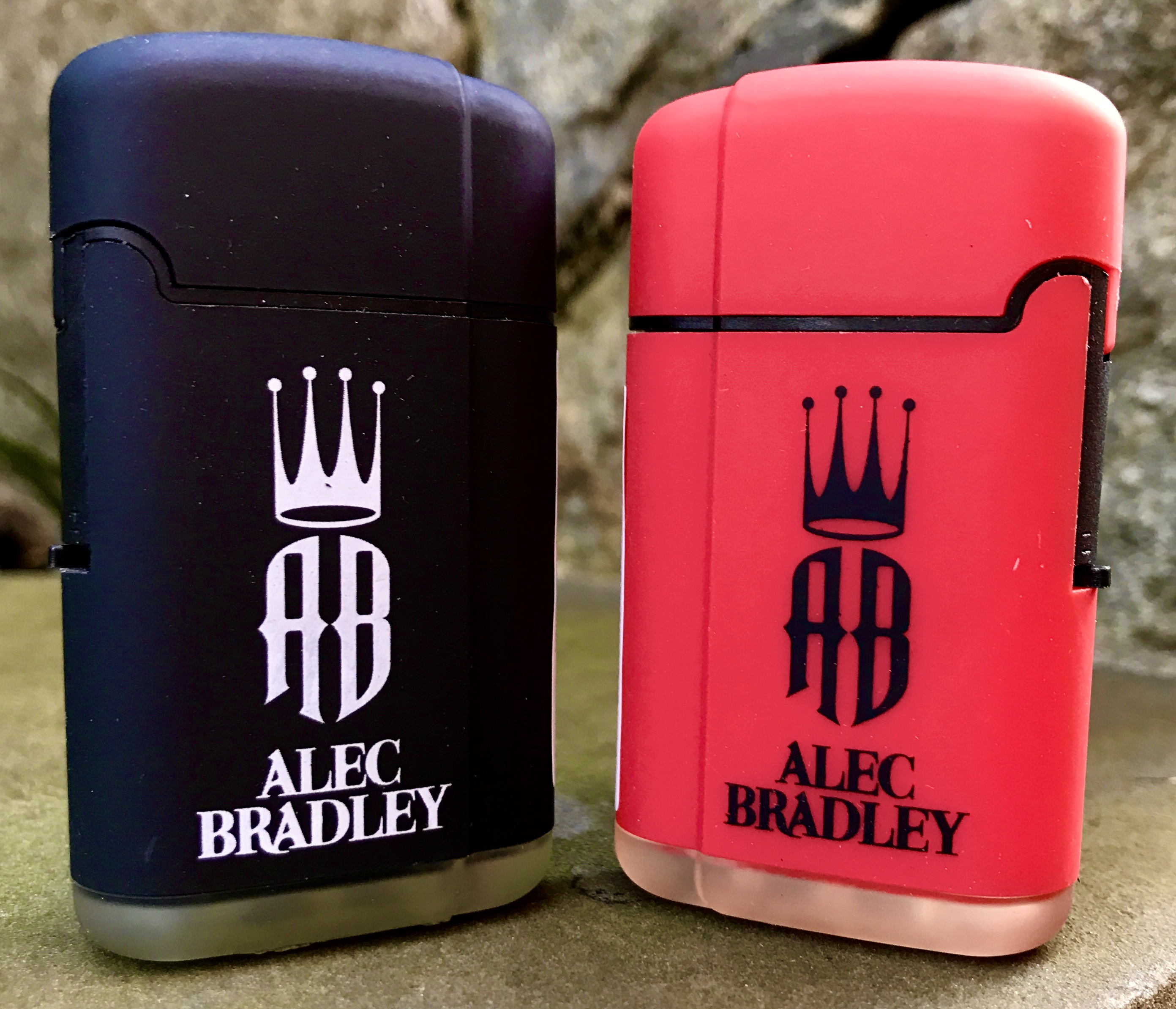 alec bradley cigar lighter image