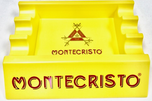 montecristo cigar ashtray image