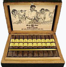 Rocky Patel Decade Torpedo - Box of 20 image