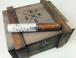 alec bradley black market gordo cigars box closed image
