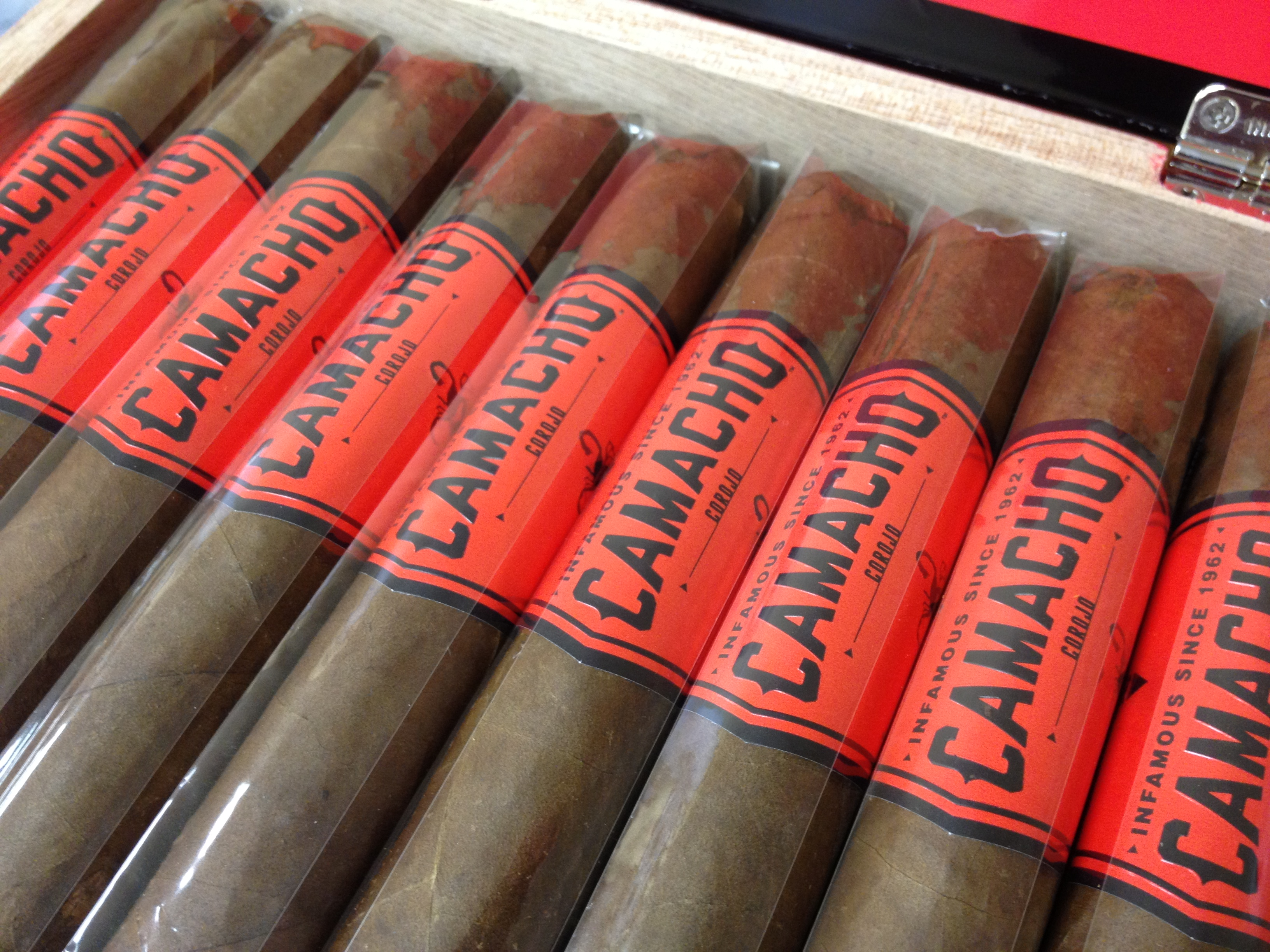 camacho corojo churchill cigars image