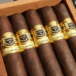 Hoyo De Monterrey Excalibur No. 5, Natural - Box of 20 image
