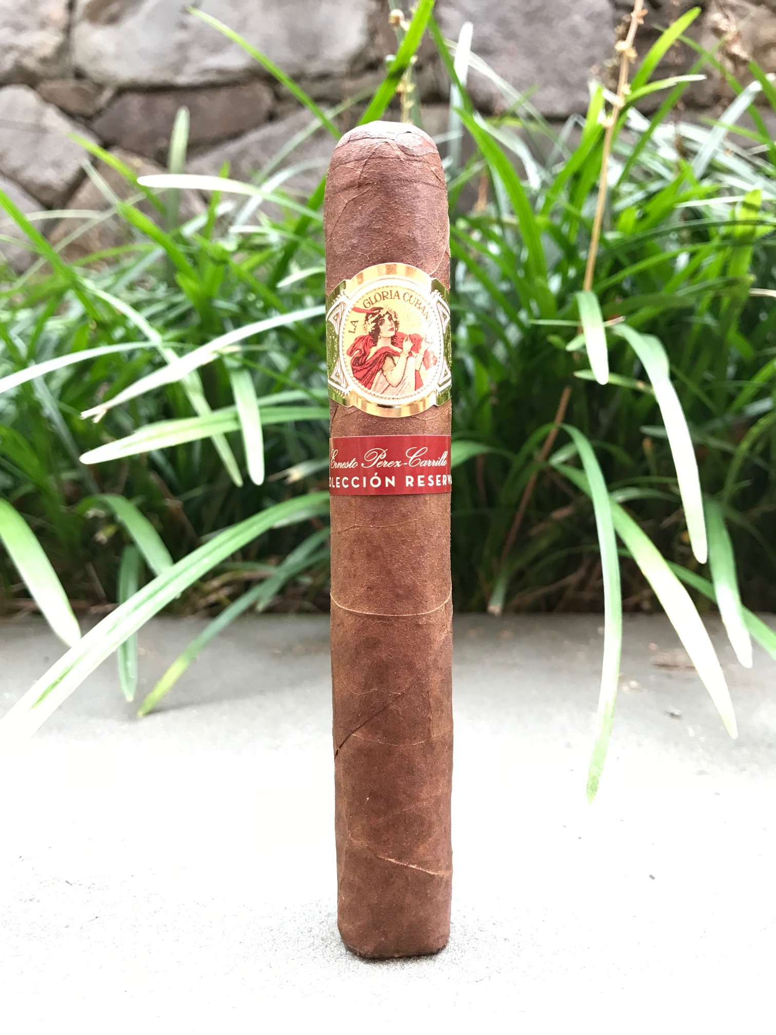 La Gloria Cubana Coleccion Reserva Robusto - Box of 20 image
