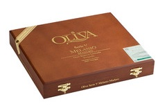 oliva serie v melanio double toro cigars box closed image