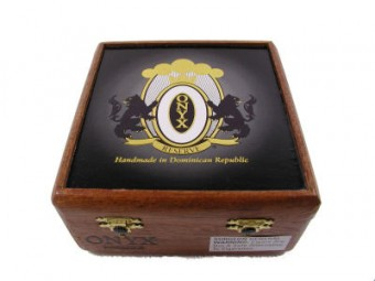 onyx no. 2 cigars box closed image