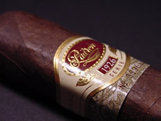 Padron Aniversario 1926 No. 6 - Box of 24 image