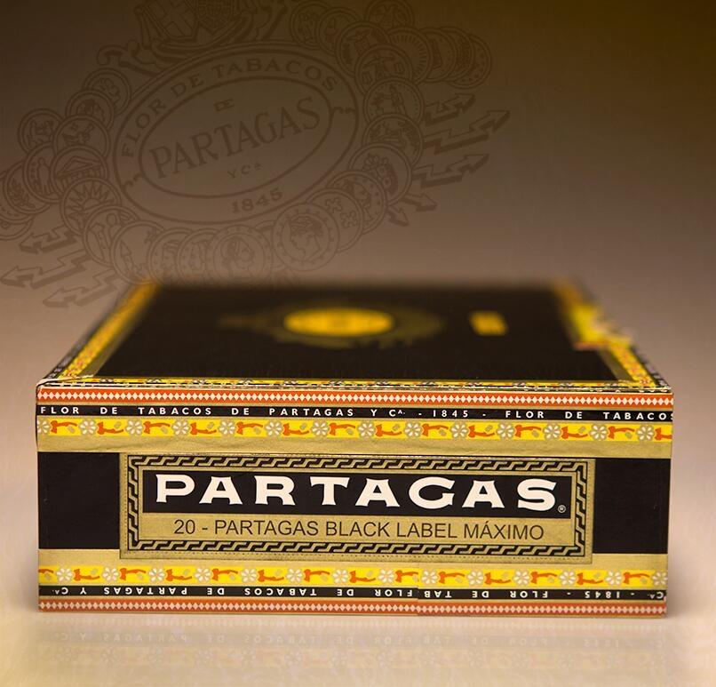 partagas black label pyramide cigars box side image