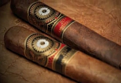 Perdomo 20th Anniversary Torpedo, Sun-Grown - Box of 24 image