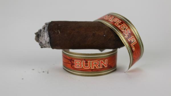 rocky patel burn toro cigar and band image