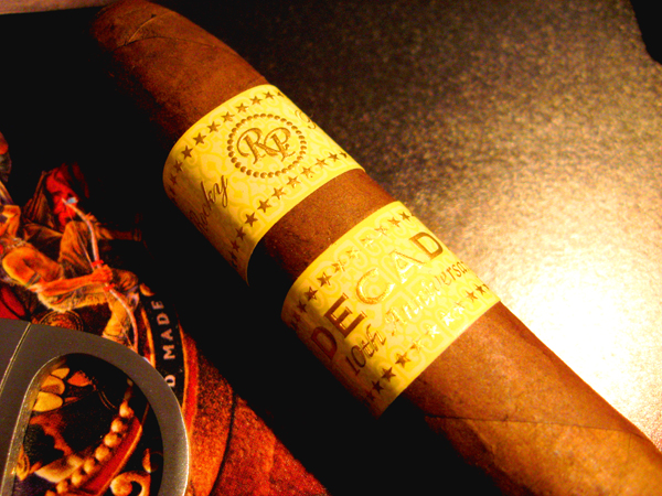 rocky patel decade cigars close up image