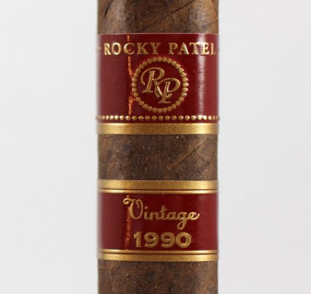 rocky patel vintage 1990 cigar close up image