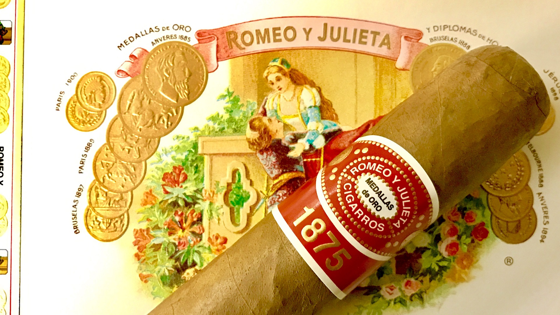 Romeo y Julieta 1875 Churchill En Tubo - Box of 10 image