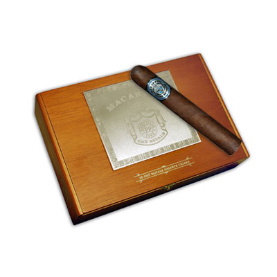 Macanudo Cru Royale Gigante - Box of 20
