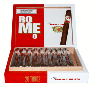Romeo by Romeo y Julieta Toro - Box of 20