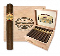 CAO La Traviata Divino - Box of 24