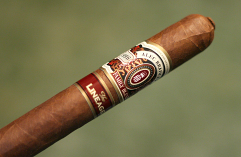 Alec Bradley The Lineage Toro - Box of 20