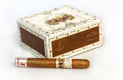 New World Connecticut Toro - Box of 20